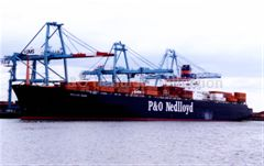 NEDLLOYD HOORN loading containers
