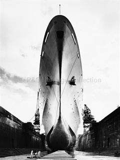 Upward bow view of CANBERRA in dry-dock