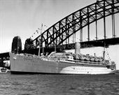 STRATHEDEN passing under Sydney Harbour Bridge