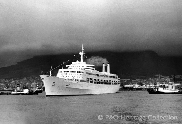 CANBERRA's maiden call at Cape Town. © P&O Heritage Collection