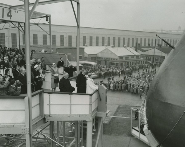 View of the bottle smashing and launching CANBERRA. © NMNI
