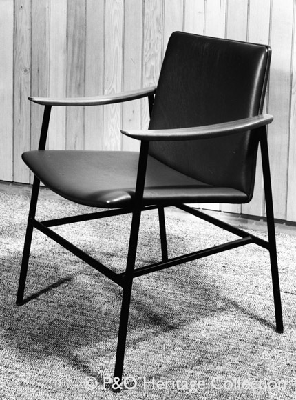 Conran & Co. chair from CANBERRA used in the bureau. © P&O Heritage Collection